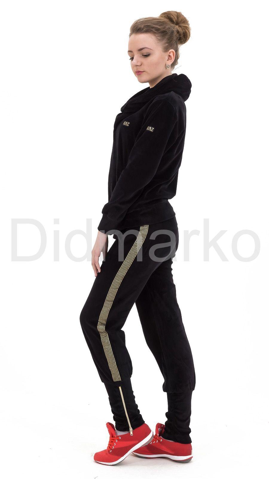 fcc9ff364c57 Велюровый спортивный костюм черного цвета с капюшоном. Фото 2. « Вернуться  назад