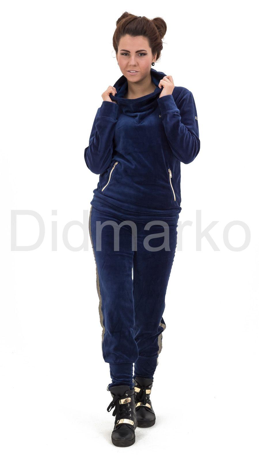 92cc29b2cb06 Велюровый спортивный костюм темно-синего цвета с капюшоном купить по ...
