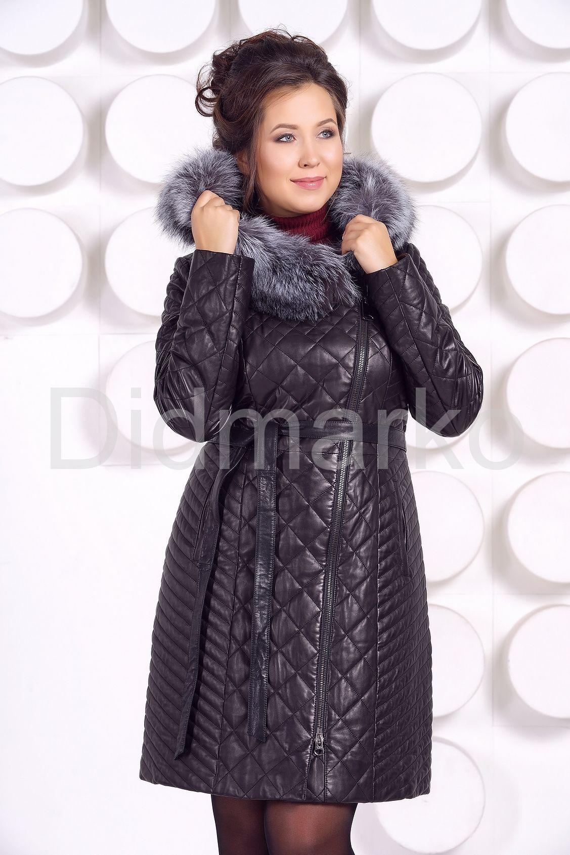 34da9d33b3f Стеганое кожаное пальто с мехом чернобурки купить по цене 25500.00 ...