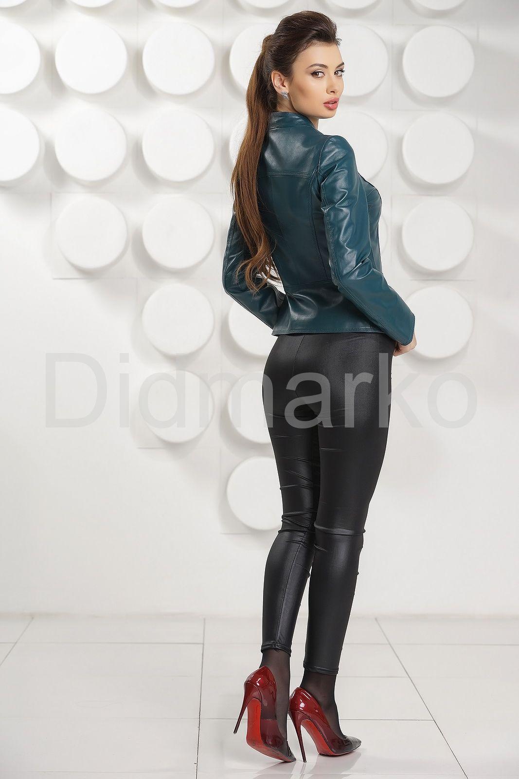 ad57536b6a8 Кожаная женская куртка цвета морской волны купить по цене 18500.00 ...