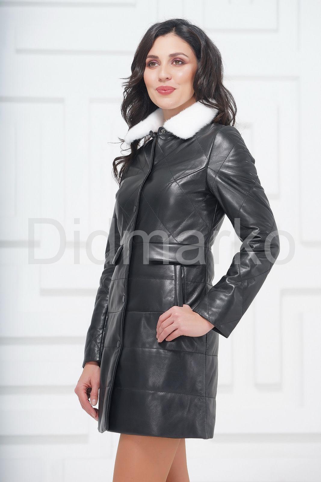 62d8a9491bd Демисезонное кожаное пальто с воротником из меха норки купить по ...