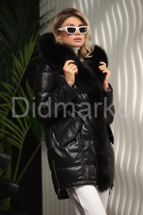 Кожаный пуховик черного цвета