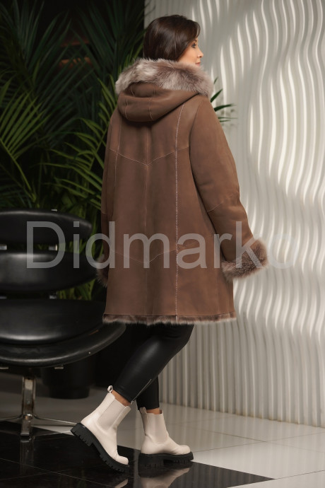 Трапециевидная женская дубленка с нестриженным мехом тоскана
