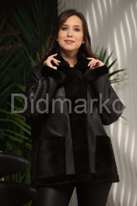 Яркая двусторонняя дубленка-пиджак
