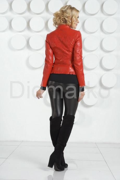 Модная куртка с узором на спине