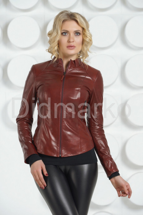 Купить Молодежная кожаная куртка бордового цвета в Москве и Санкт-Петербурге