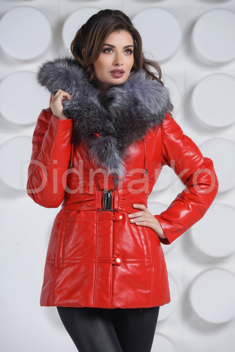 Купить Алый кожаный пуховик в Москве и Санкт-Петербурге