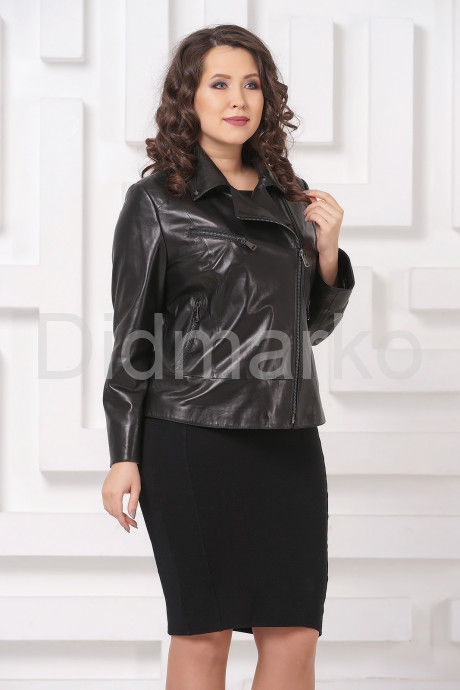 Купить Кожаная женская косуха черного цвета больших размеров в Москве и Санкт-Петербурге