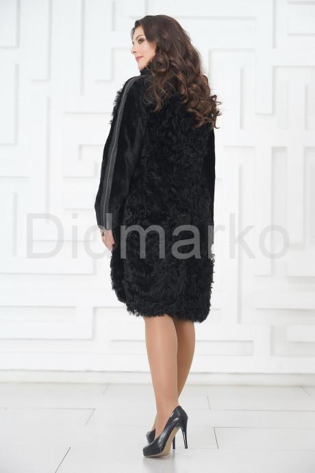 Стильное пальто из меха тиградо