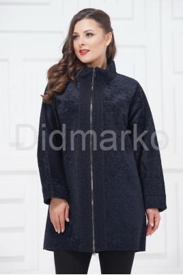 Демисезонное пальто из меха астраган