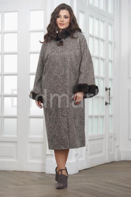 Длинное пальто из замши с капюшоном