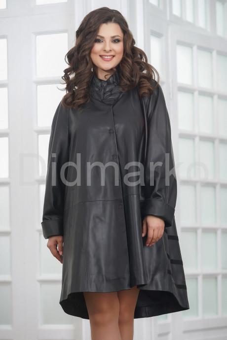 Изумительное трапециевидное кожаное пальто