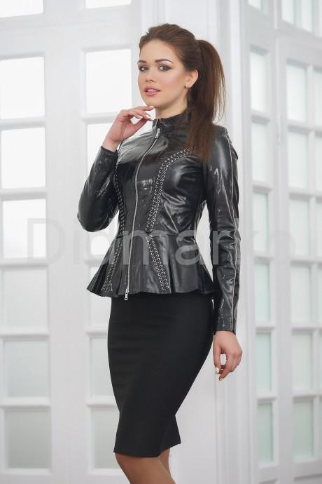 Лаковая кожаная куртка с баской Хит 2021