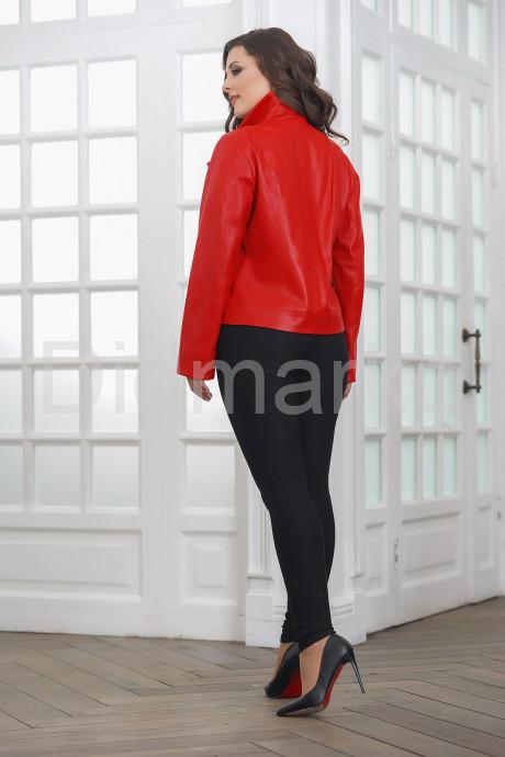 Красная кожаная женская косуха больших размеров