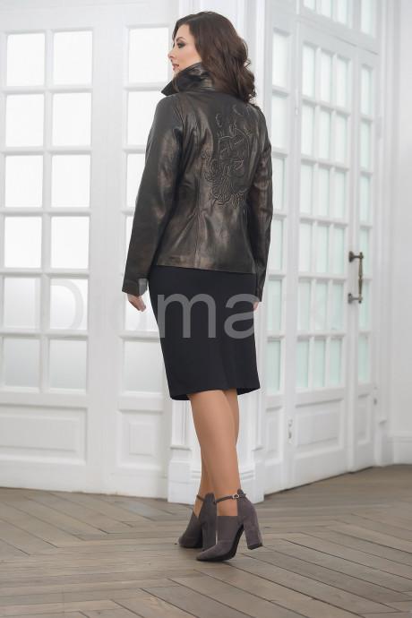 Женская кожаная косуха с вышивкой