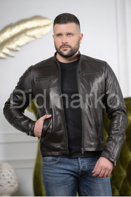 Кожаная мужская куртка черного цвета Осень 2021