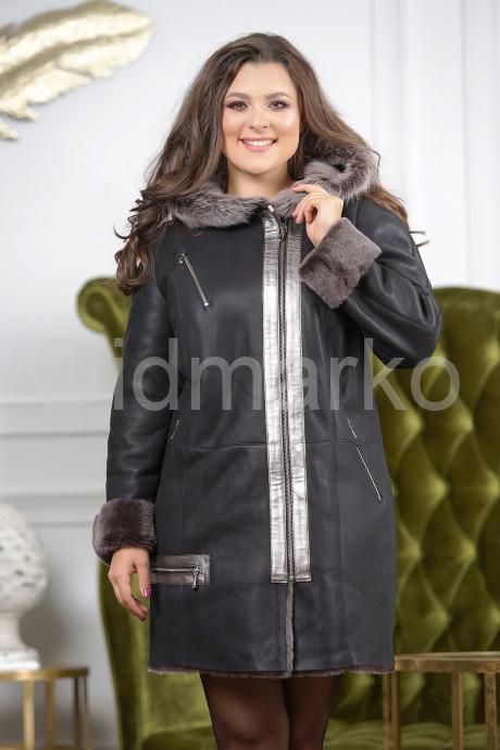 Женская стильная дубленка больших размеров