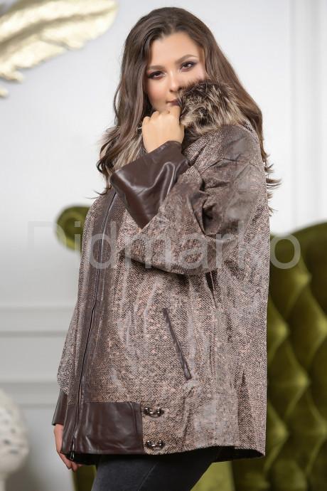 Замшевая куртка с капюшоном больших размеров