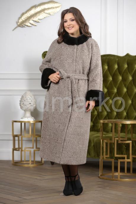 Купить Женское пальто с норкой в Москве и Санкт-Петербурге