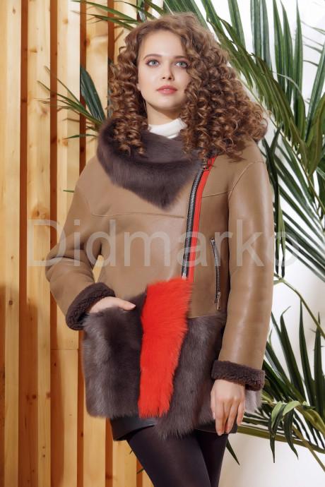 Купить Стильная женская дубленка с капюшоном в Москве и Санкт-Петербурге