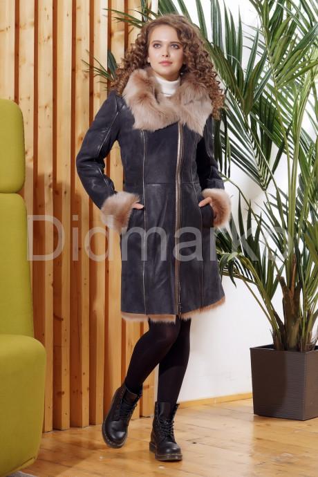 Купить Красивое зимнее пальто из испанского тоскана в Москве и Санкт-Петербурге