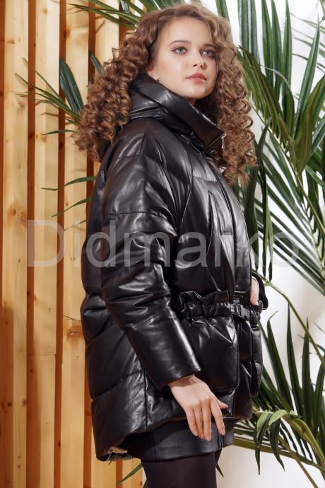 Зимняя кожаная куртка  с капюшоном