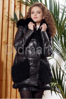 Стильный кожаный пуховик с мехом барашка