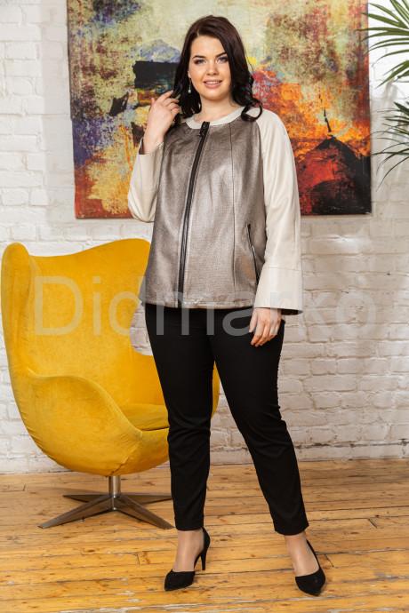 Кожаная женская куртка Шанель