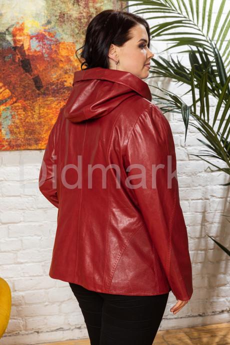 Кожаная женская куртка с капюшоном Весна 2020