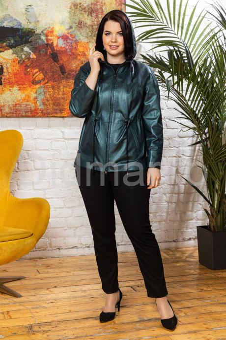 Изумрудная кожаная женская куртка