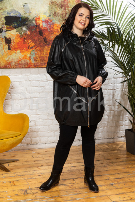 Удлиненная женская кожаная куртка в стиле oversize