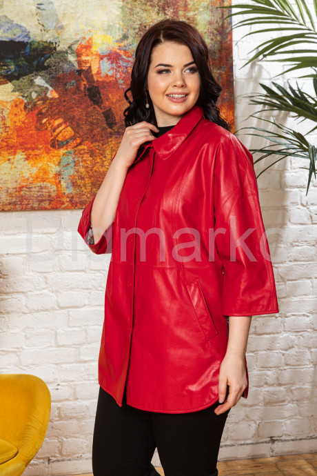 Купить Удлиненная кожаная женская куртка красного цвета в Москве и Санкт-Петербурге