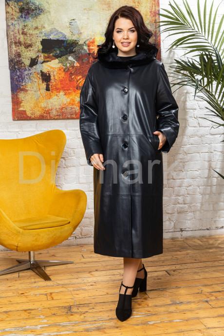 Кожаное женское пальто с капюшоном livion