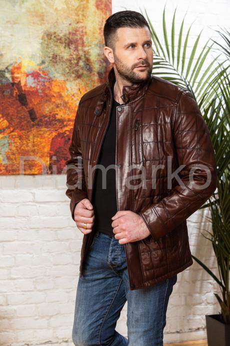 Купить Полуприталенный мужской кожаный пиджак цвета виски в Москве и Санкт-Петербурге