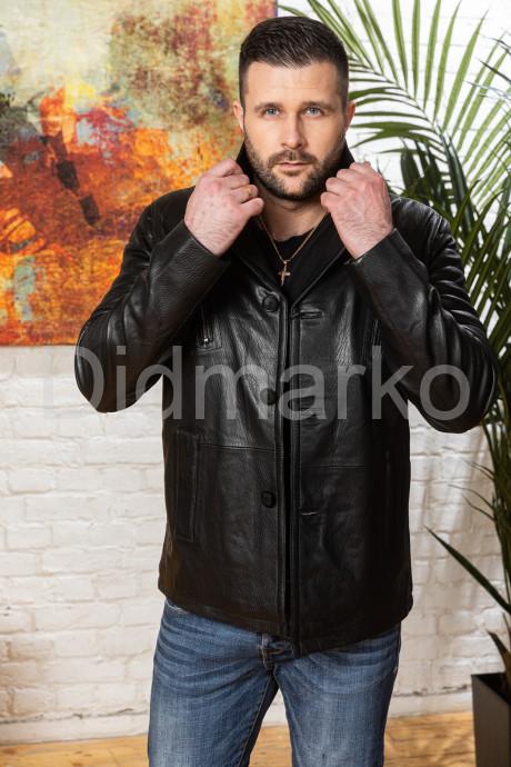 Купить Мужская кожаная куртка на пуговицах с нагрудными карманами в Москве и Санкт-Петербурге