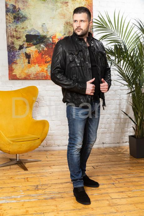 Мужская куртка из стиранной кожи в стиле милитари