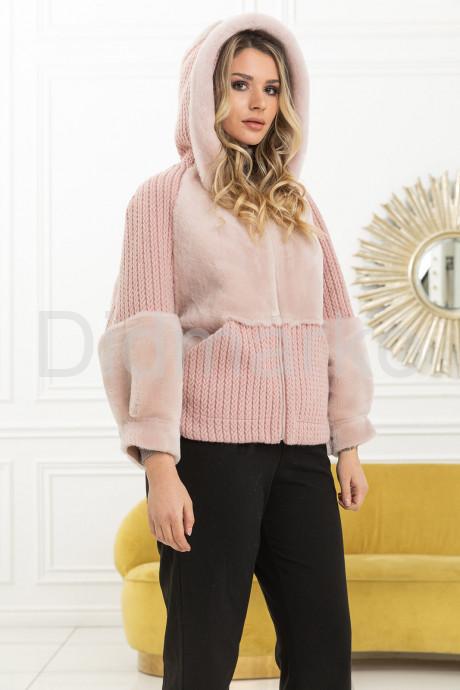Купить Демисезонная куртка с вязаными вставками в Москве и Санкт-Петербурге