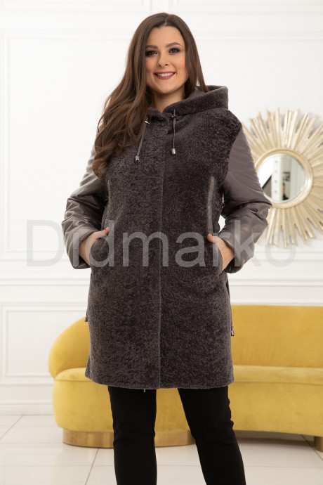 Купить Комбинированное пальто с мехом астраган - хит продаж в Москве и Санкт-Петербурге