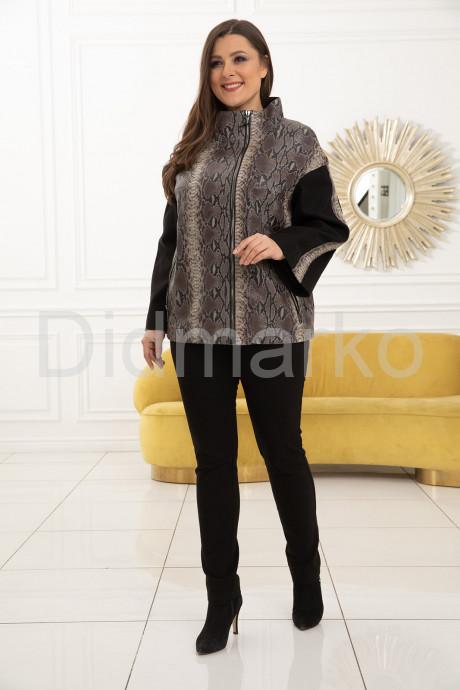 Роскошная кожаная куртка из новой коллекции
