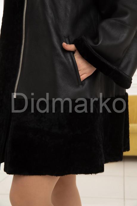 Женская трапециевидная дубленка больших размеров