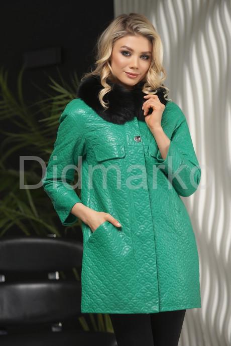 Купить Кожаная куртка в стиле Шанель зеленого  цвета с воротником из меха песца в Москве и Санкт-Петербурге