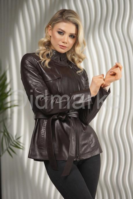 Приталенная кожаная куртка-косуха