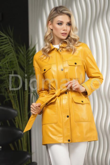 Купить Яркая кожаная куртка на весну в Москве и Санкт-Петербурге
