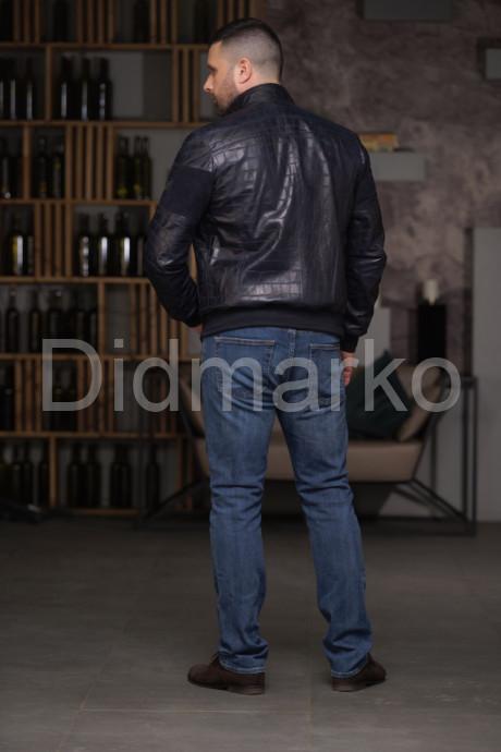 Мужской кожаный бомбер чернильного цвета