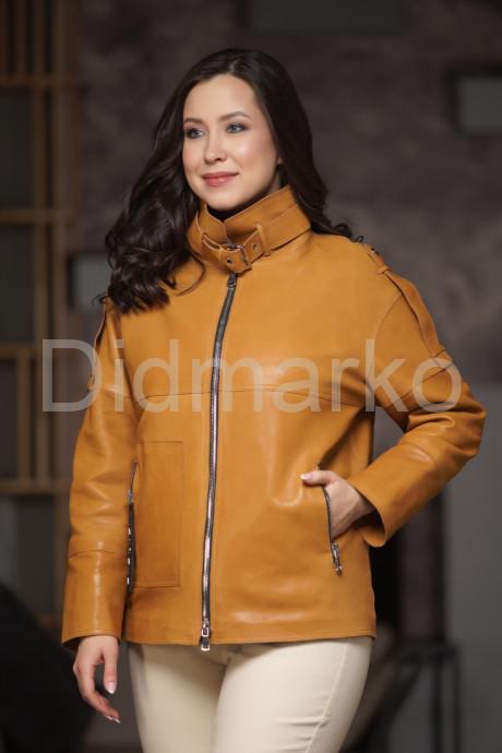 Купить Демисезонная кожаная куртка рыжего цвета в Москве и Санкт-Петербурге